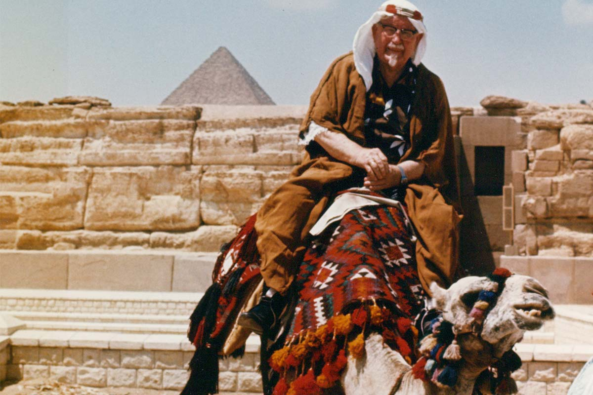 Colonel Harland Sanders visits Cairo.